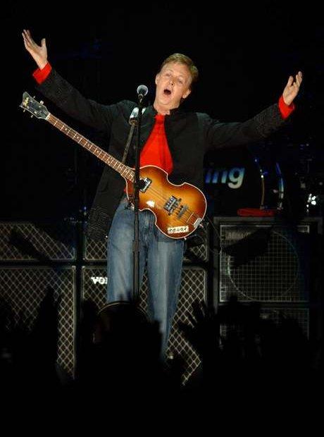 how to meet paul mccartney at a concert