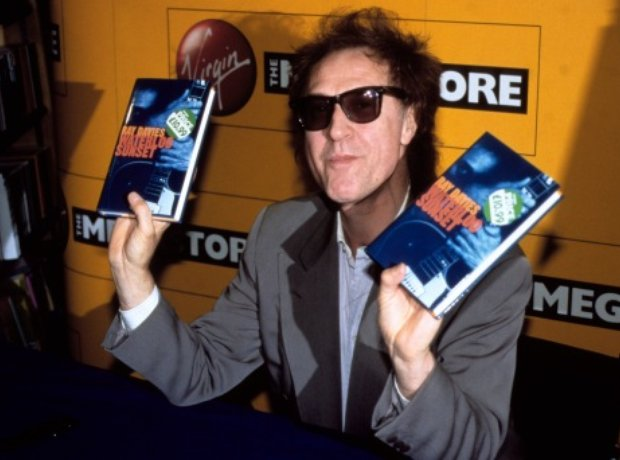 Ray Davies signs copies of his auto biography